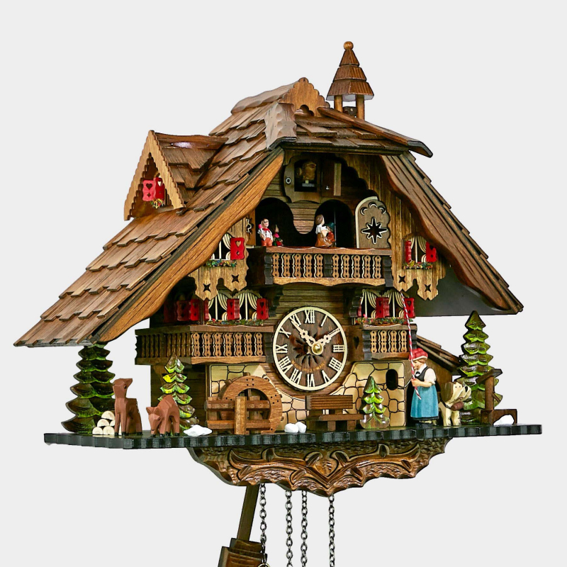 Reloj cuco - casa de la Selva Negra - chica de la Selva Negra