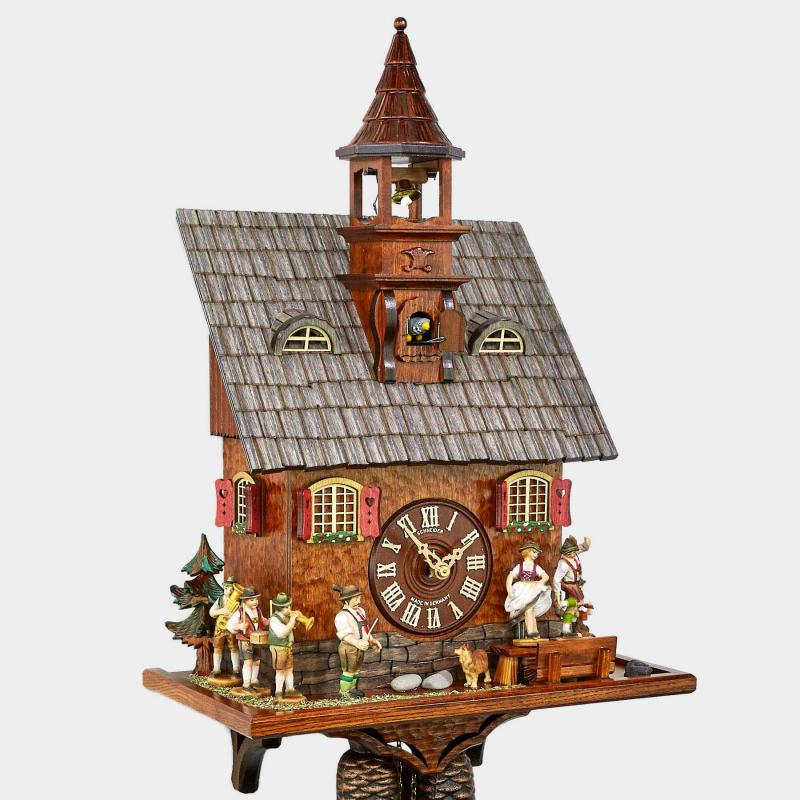 Pendule à coucou - Maison avec un clocher